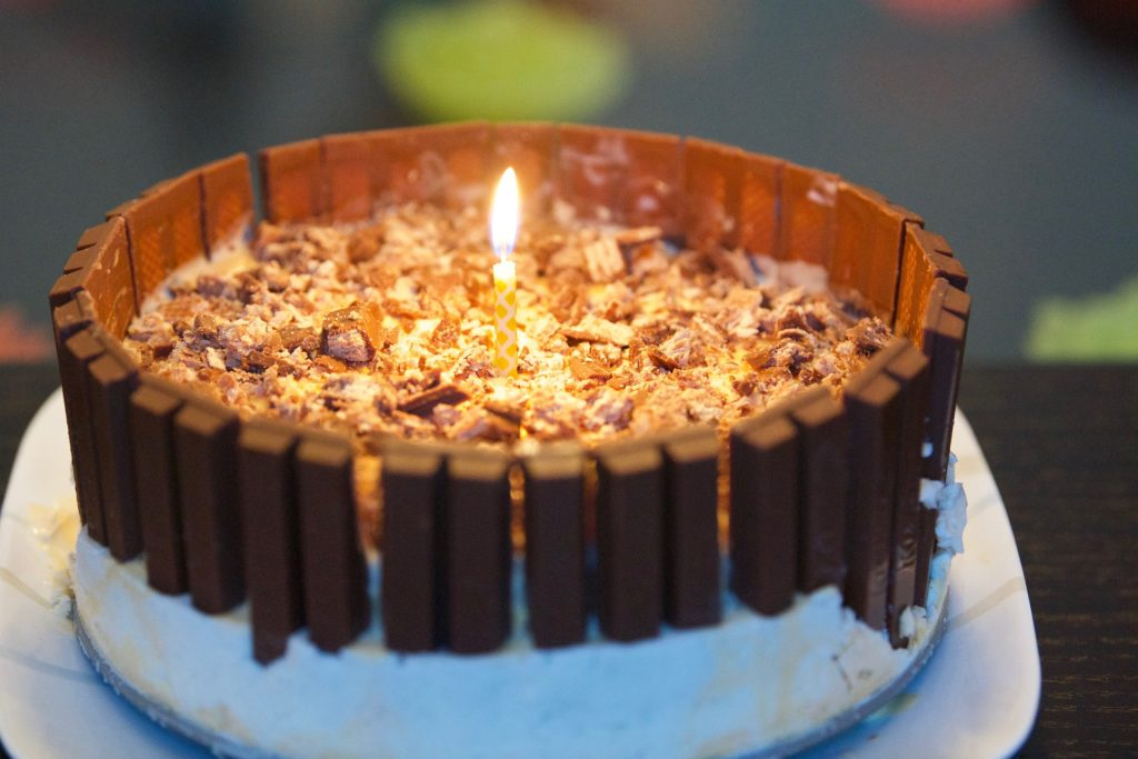 Make It Yourself: A Mix-and-Match Ice Cream Cake